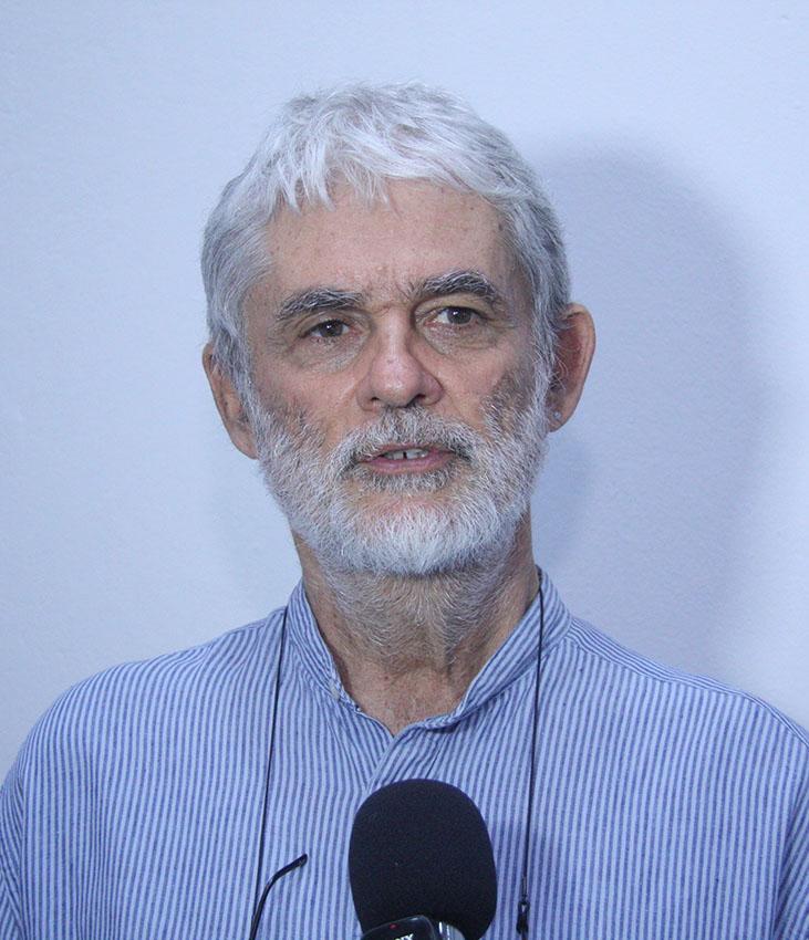 João Mosca orador