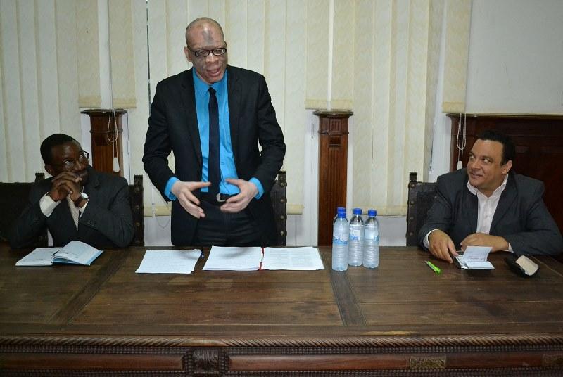 Mesa que presidiu a palestra