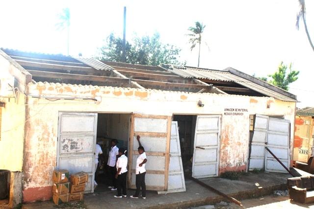 Armazém danificado do Hospital Rural de Chicuque