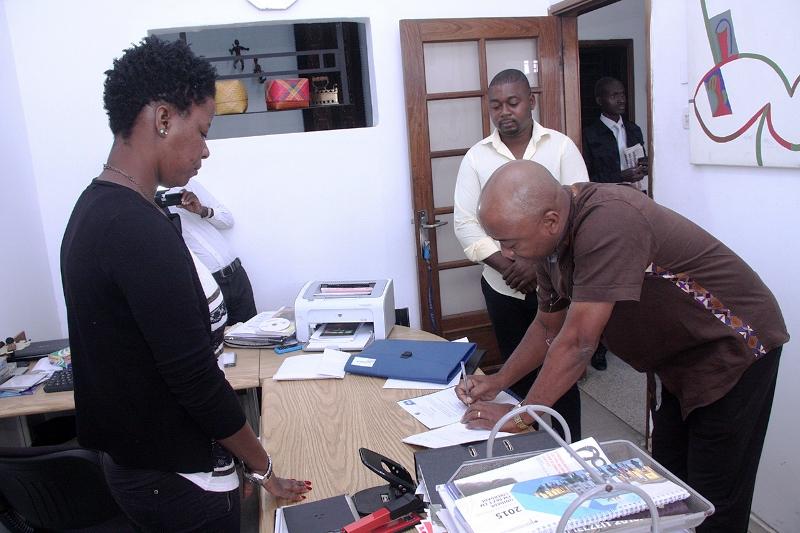 Uma das empresas visitadas no âmbito da Campanha Nacional de Cobrança da Dívida de Contribuições Segurança Social Obrigatória