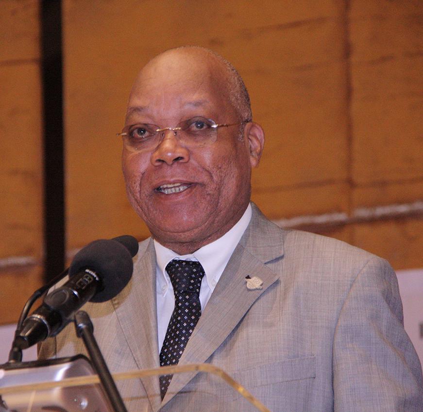 António Macamo membro do Conselho de Administração do Standard Bank