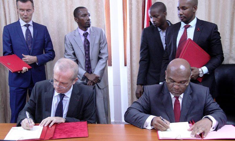 Assinatura de acordo aéreo entre Moçambique e a França