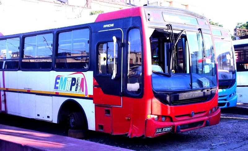 Autocarros avariados da EMTPM