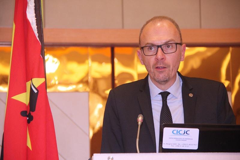 Cristopher Regrarel presidente da União Internacional de Magistrados