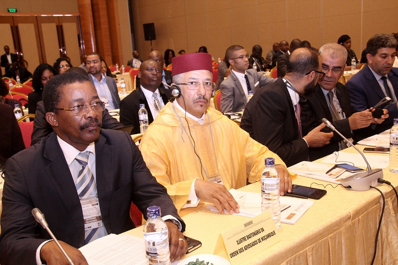 Participantes na reunião anual do Grupo Africano da União Internacional de Magistrados