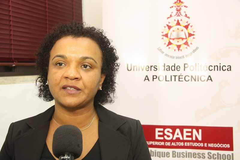 Rosânia da Silva directora da ESAEN
