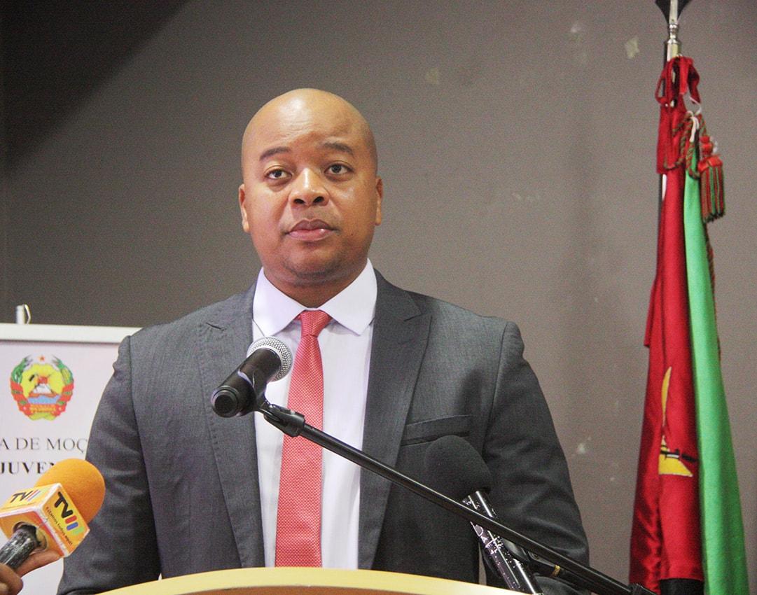 Alberto Nkutumula ministro da Juventude e Desportos