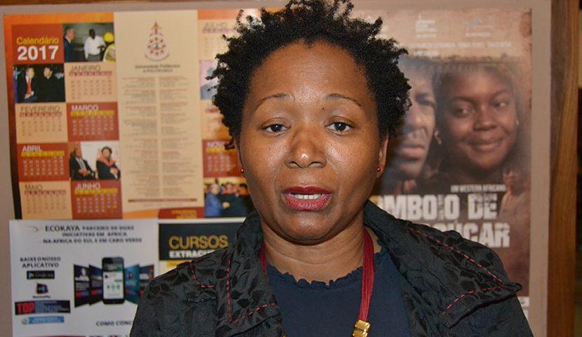 Sara Laísse coordenadora do ciclo de palestras Tertúlias Itinerantes