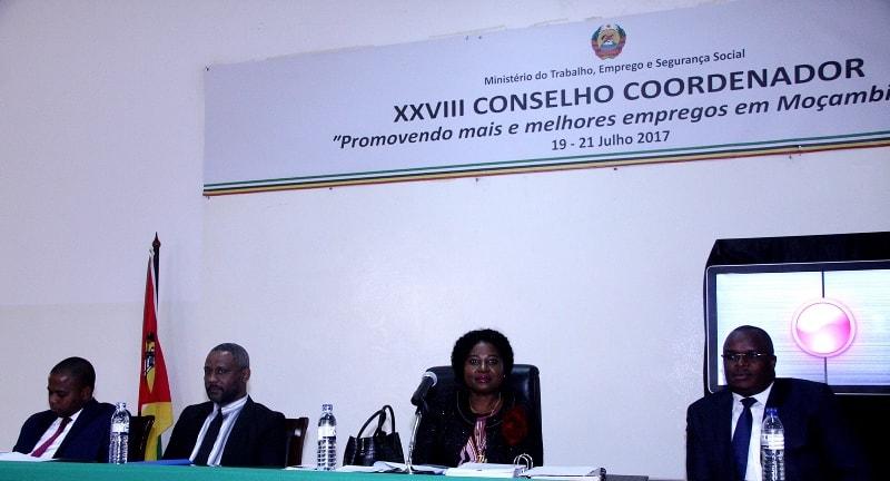 Mesa que presidiu o XXVIII Conselho Coordenador do Ministério do Trabalho Emprego e Segurança Social