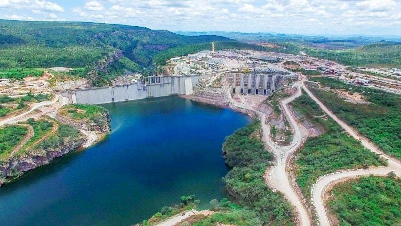 Barragem hidroléctrica de Laúca