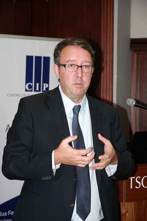 Lars Benson Director Regional para África CIPE USA