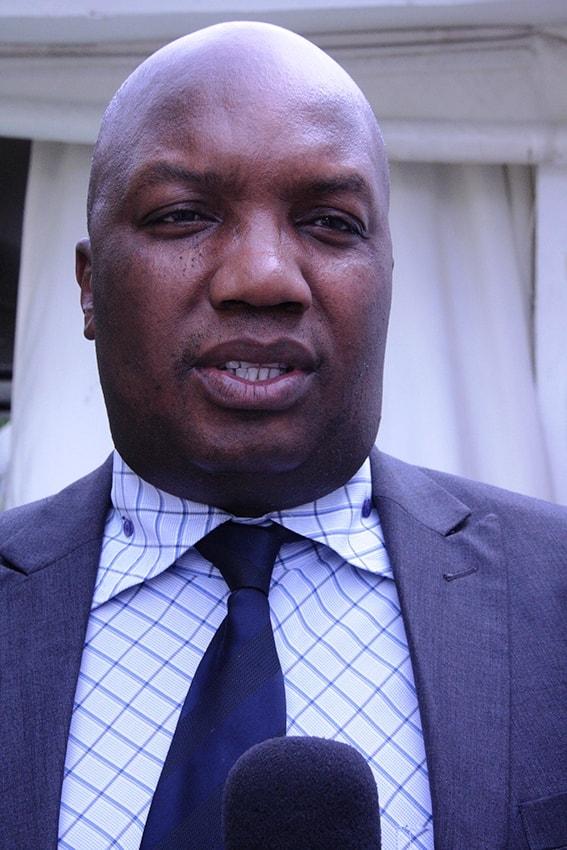 Sarmento Senda Delegado do INSS na Cidade de Maputo