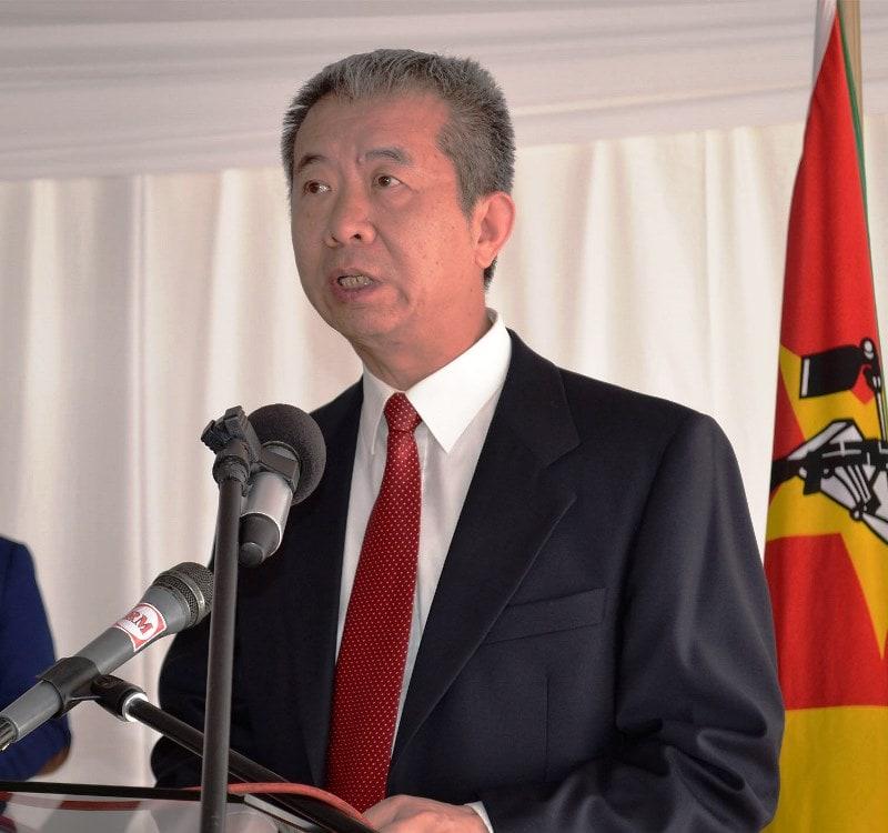 Embaixador da China Su Jian