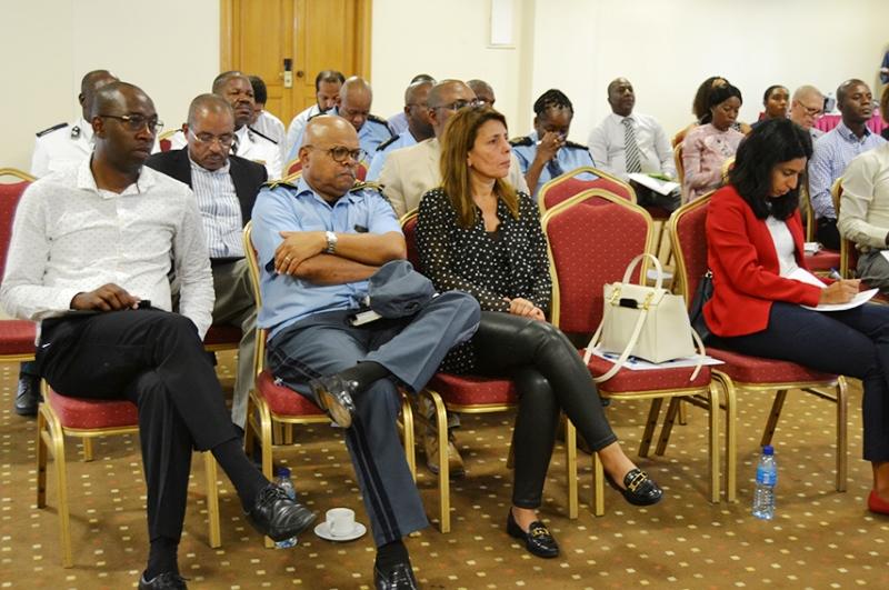 Parte dos participantes do Forum sobre sinistralidade e congestionamento na N4 3