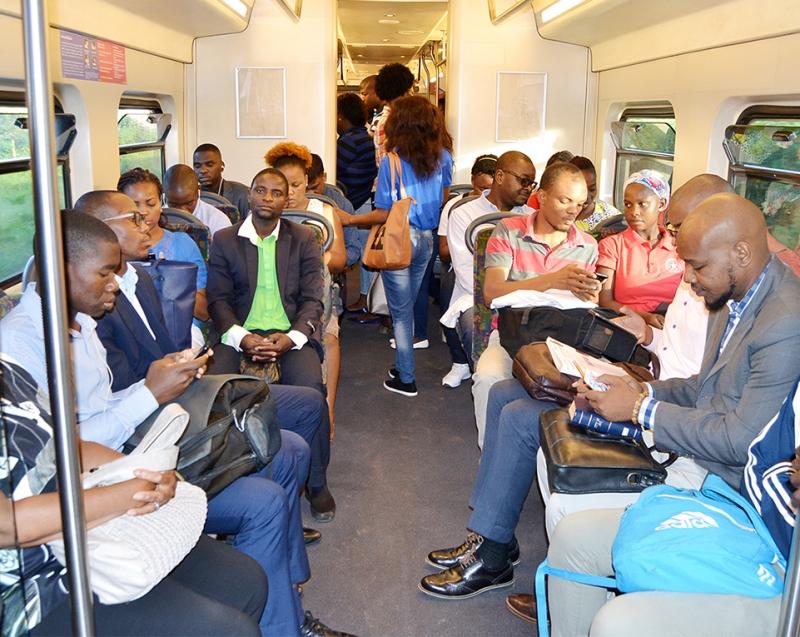 Utentes do Metrobus 3