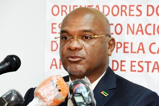 Carlos Mesquita ministro da Industria e Comercio