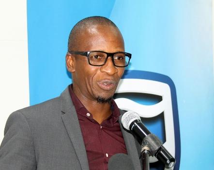 Claudio Banze director da Direccao de Tecnologias de Informacao do Standard Bank A