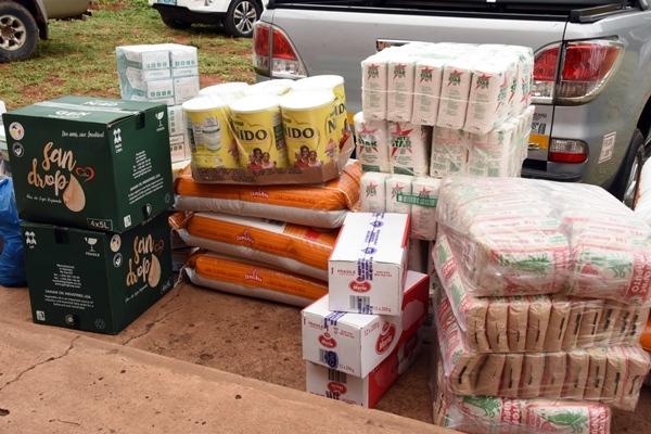 Parte dos produtos oferecidos ao Orfanato All Nations 1