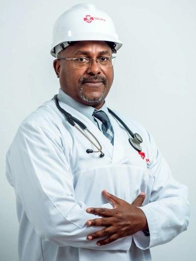 Eduardo Munhequete especialista em Medicina Ocupacional SMM Sociedade Medica de Mocambique